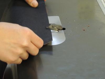 produzione a mano di borse in pelle artigianali- pelletteria a Bologna