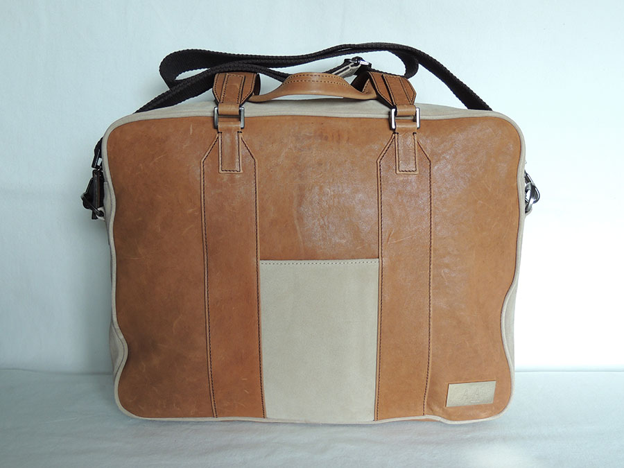 borsa da lavoro in pelle-tracolla. leather bags made in Italy, A&A brand