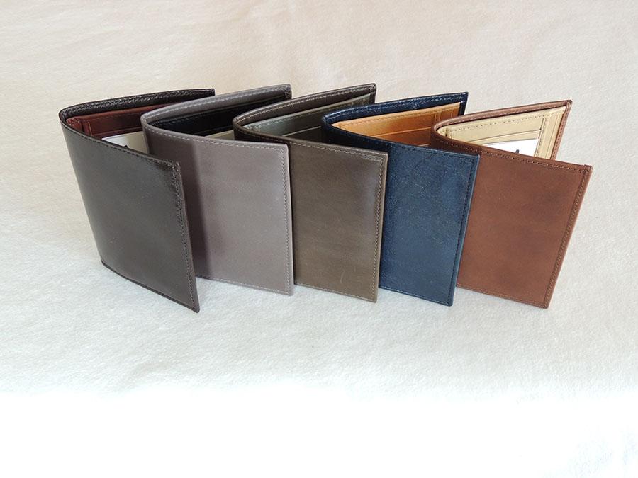 portafogli in pelle artigianali: vari colori