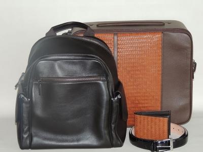 accessori in pelle e borse - collezione uomo di A&A Pelletteria