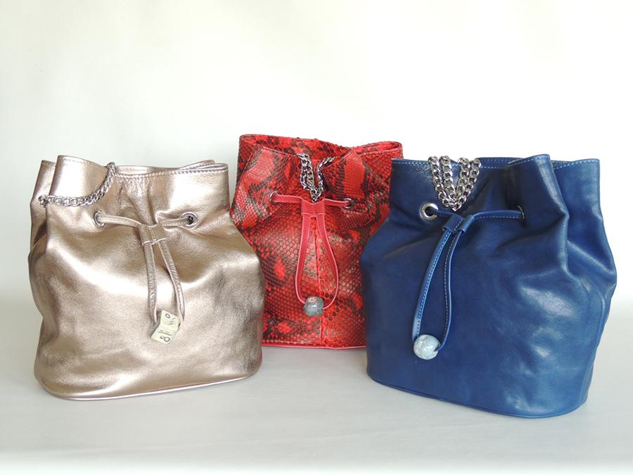 secchielli in pelle piccoli vari colori- borse e accessori artigianali di A&A Pelletteria