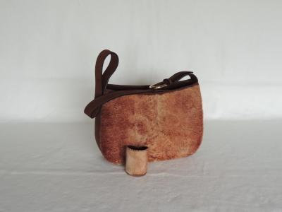 borsa artigianale in cavallino con bracciale coordinato
