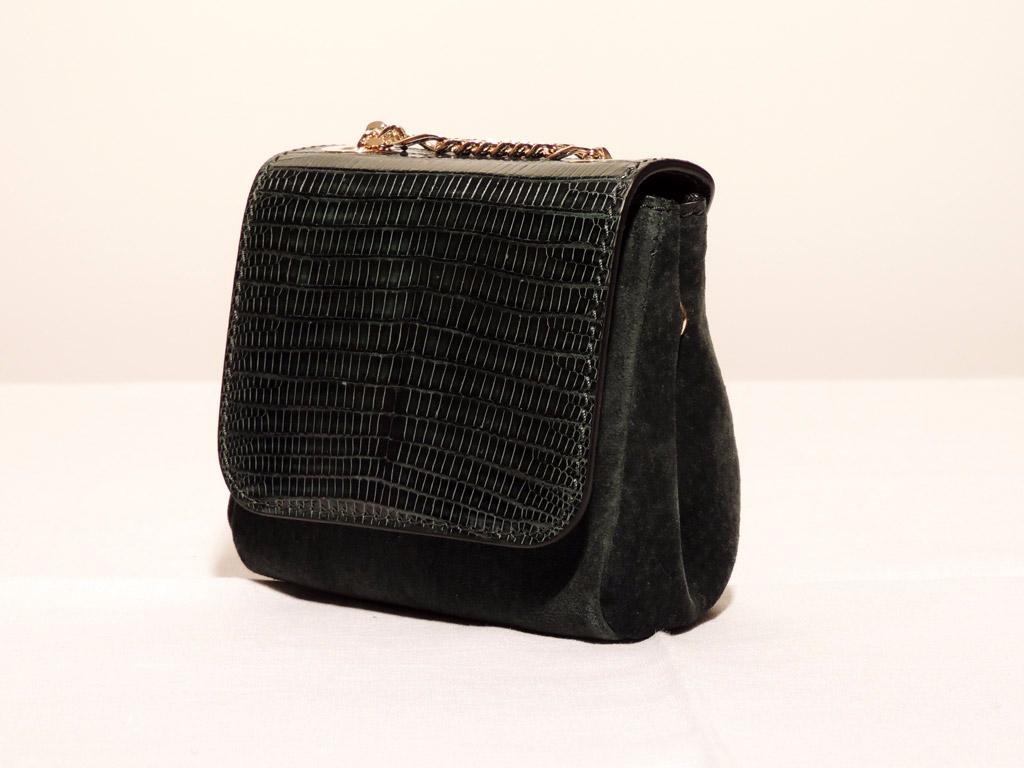borse in coccodrillo: borsa piccola in pelle di coccodrillo nera
