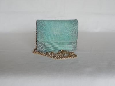 borsa piccola in pelle di lucertola color azzurro
