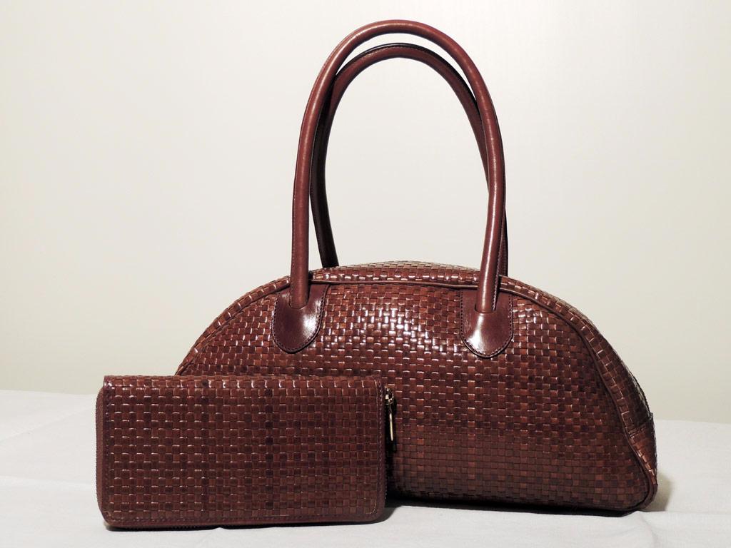 borsa pelle intrecciata lucida artigianale con portafoglio