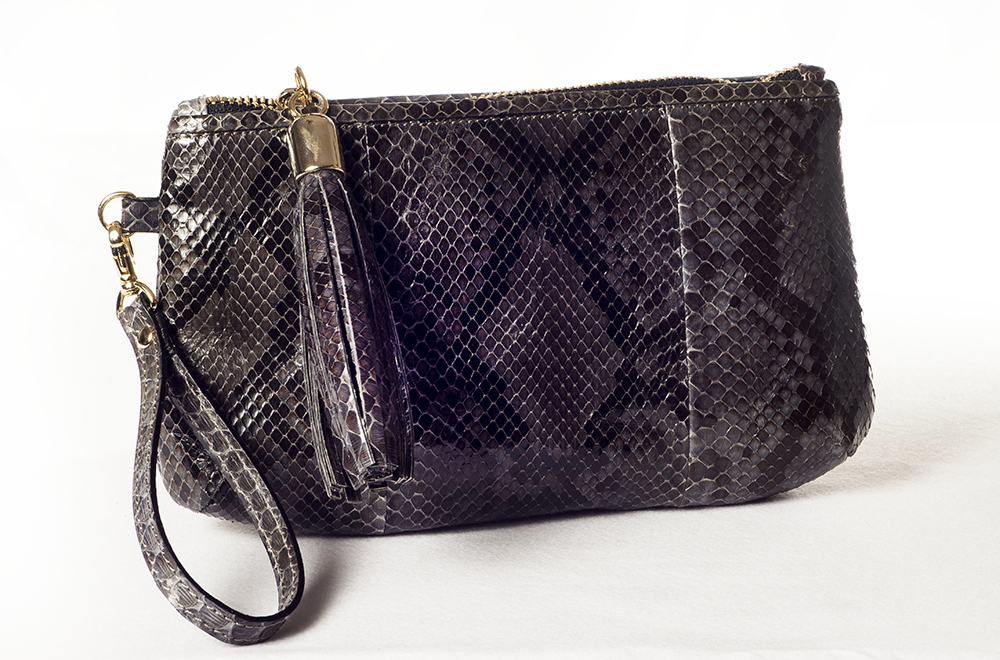 pochette in pelle di pitone lucido, borse in pitone made in Italy